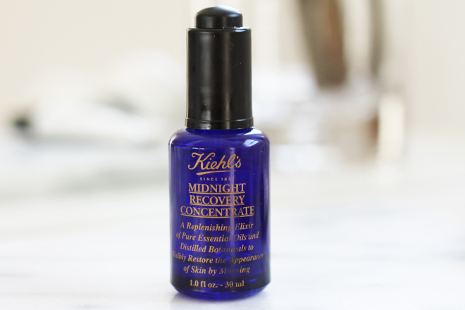 high-end-makeup-and-beauty-splurges-worth-the-hype-kiehls-midnight-recovery-concentrate