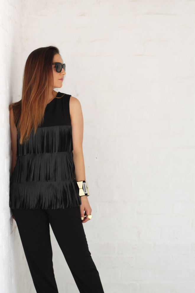 studio-iko-fringe-black-top