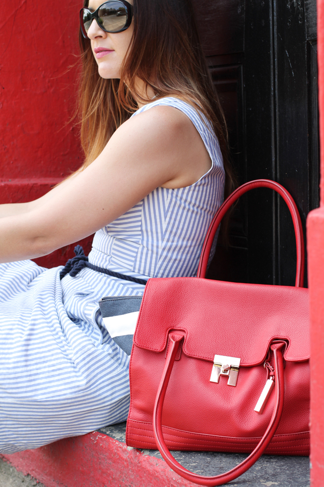 tommy-hilfiger-chilli-pepper-satchel-inez-striped-dress