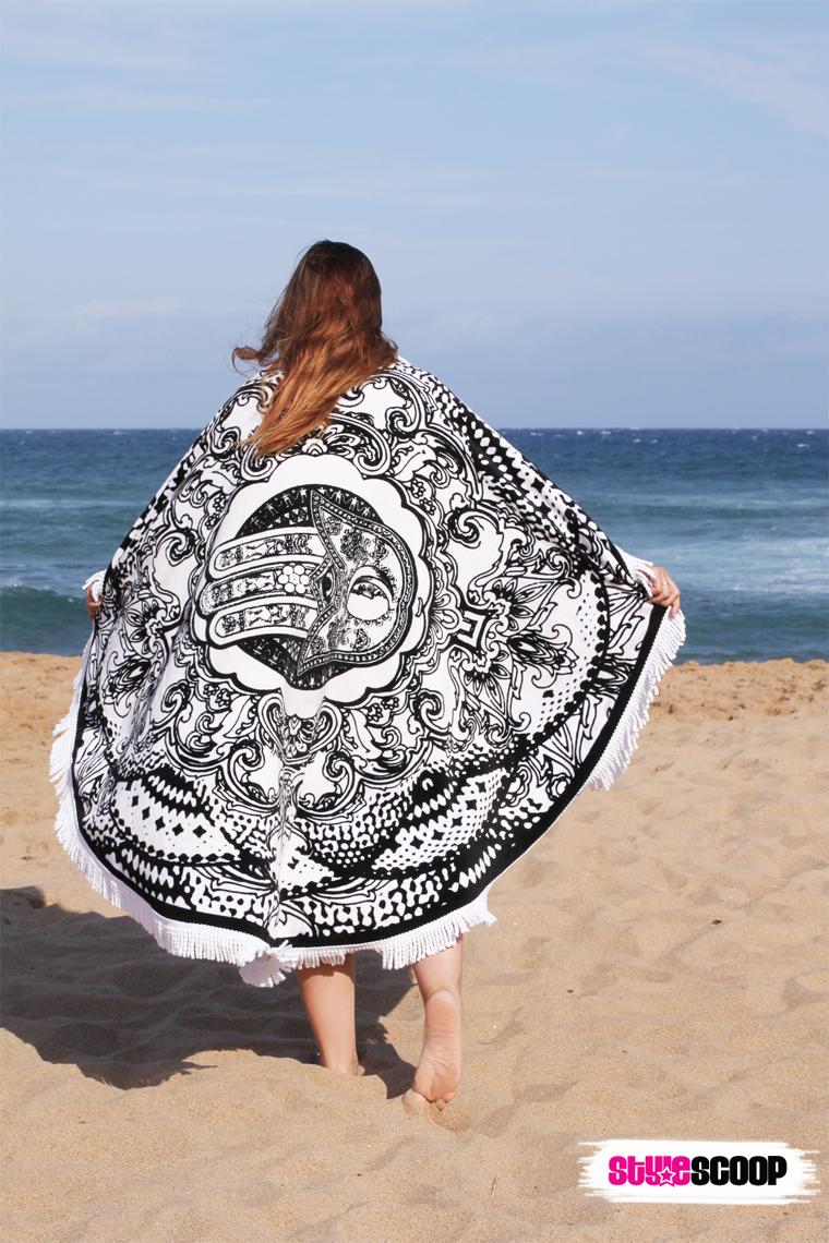 beach---towel--roundie