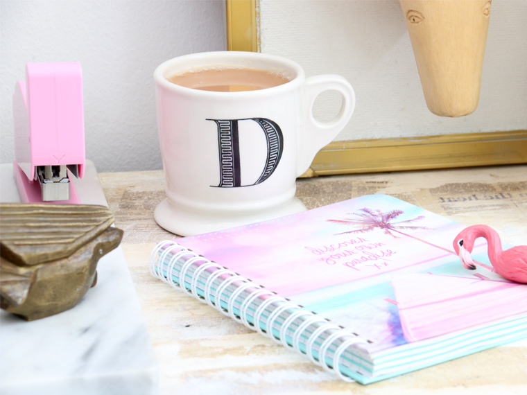 stylescoop-blogger-desk-accessories-and-stationary