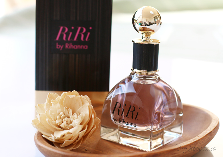 riri-by-rihanna-fragrance-review-stylescoop-beauty-blog-south-africa