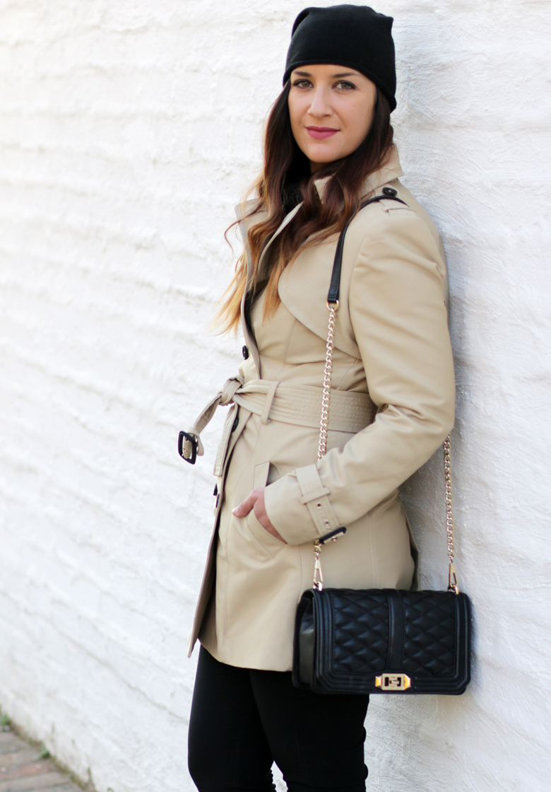 classic-winter-outfit-trench-coat-hunter-boots-black-beanie-outfit-ideas-stylescoop-fashion-blogger-south-africa-7