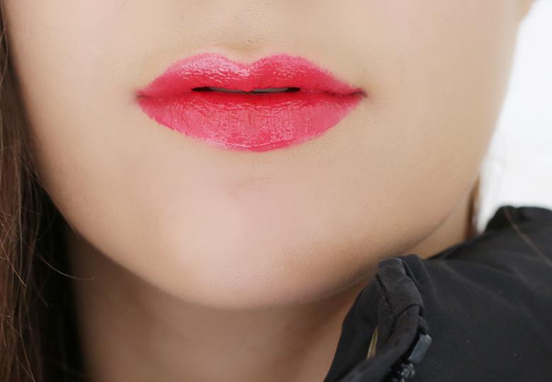 ysl-vinyl-cream-lips-411-rhythym-red-stylescoop-beauty-blog-south-africa-1600