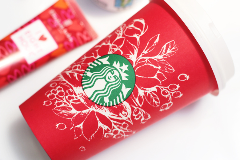 limited-edition-gifts-for-christmas-starbucks-redcup-stylescoop-lifestyle-blog-south-africa-3543
