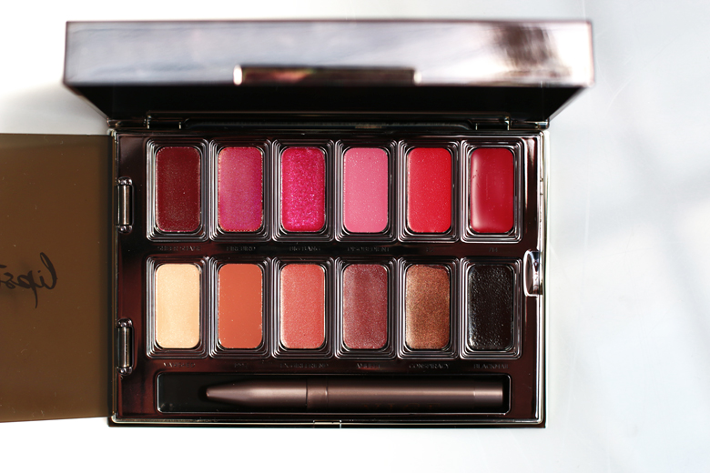limited-edition-gifts-for-christmas-stylescoop-urban-decay-vice-lipstick-palette-lifestyle-blog-south-africa-3629