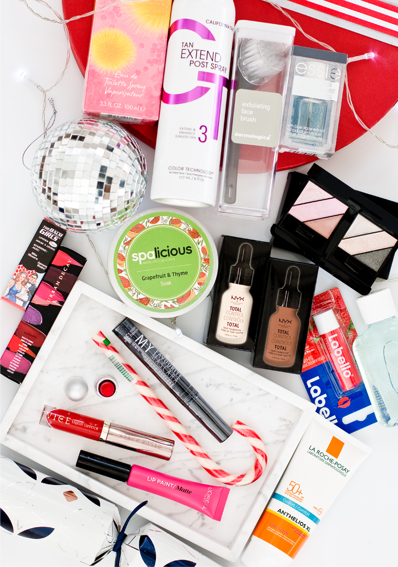 StyleScoop Holiday Giveaway!